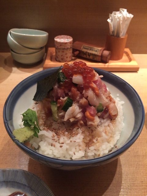 日本橋「つじ半」のぜいたく丼は並んでも食べたい一品だった